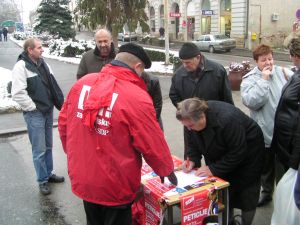 Potpisi_protiv_Gunjaka.JPG