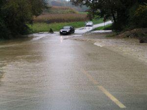 Poplavljene_ceste.JPG