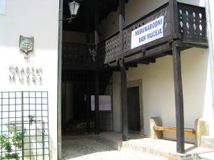 Ulaz_u_muzej_slobodan_cijeli_dan.JPG