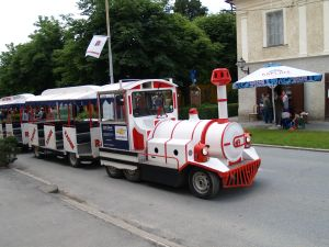 Tko_ce_upravljati_turizmom_u_2007.JPG