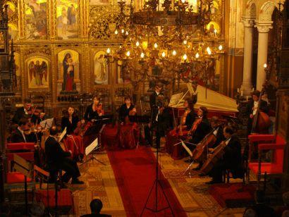 Muzika_u_zlatnoj_katedrali.JPG