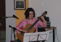 Tamara_gitarirala_u_Lisinskom.jpg