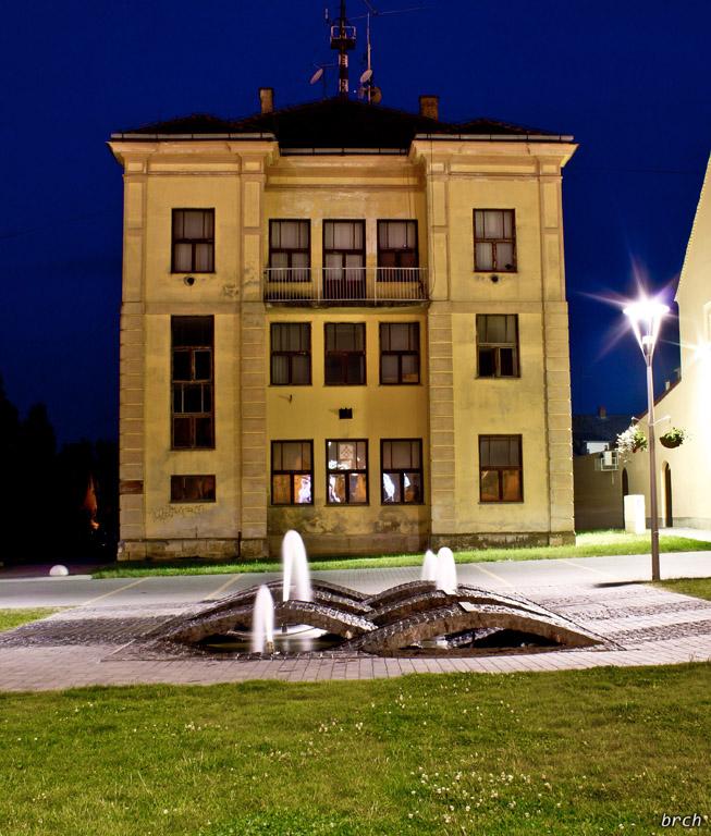 Bivša_sinagoga_Križevci_Dom_mladih_Brch