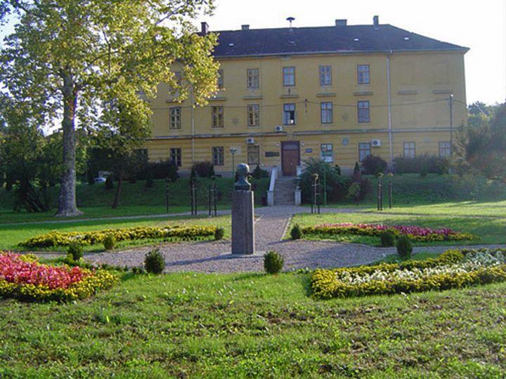 Ucenicki_dom_Krizevci_f-9-2007