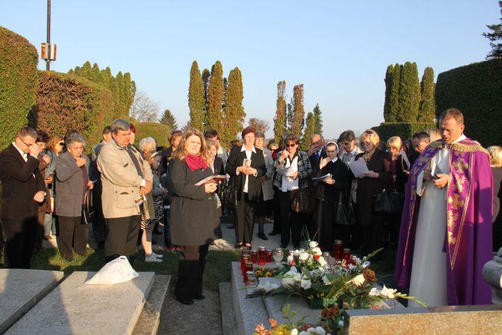 Svi_Sveti_Gradsko_groblje_Krizevci_Udruga_Stjepan_Kranjcic