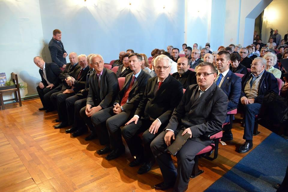 predsjednik 3_Ivo_Josipovic_predavanje_udruga_Demokroacija