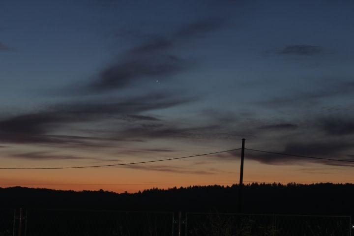 03) Jupiter i Venera iznad Ratarske šume (foto Martin Vujić)