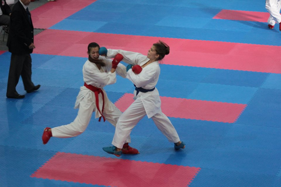 klara_katavic_KK_KTC_karate_medalje_borba