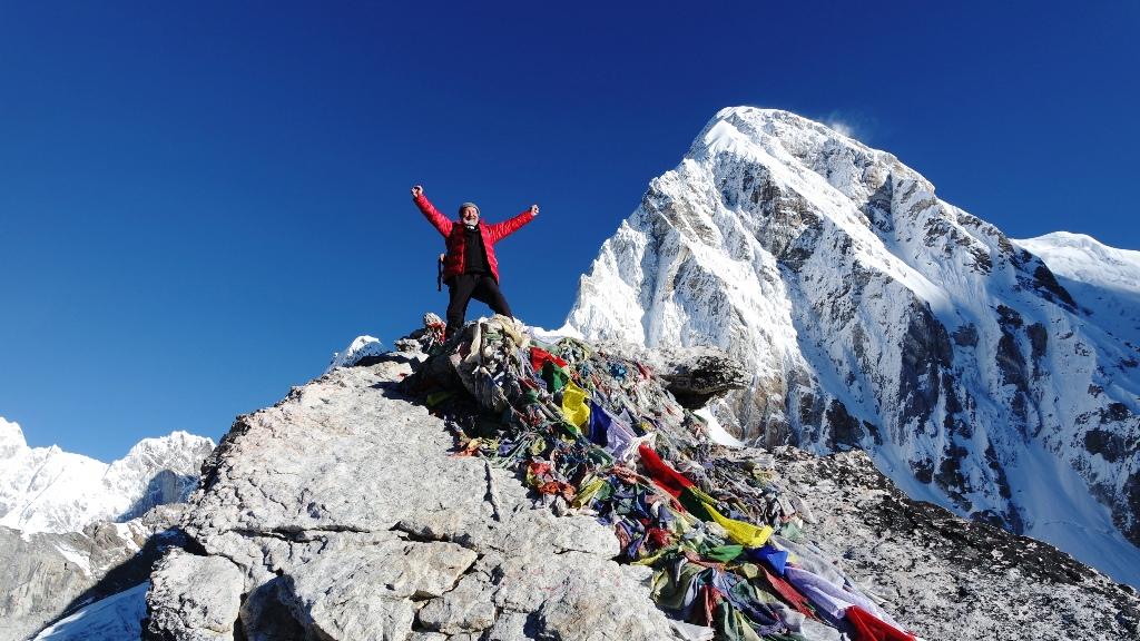 Na Kala Patthar-u (5645 m) 10.10.2014. Pumo Ri (7165 m  u pozadini