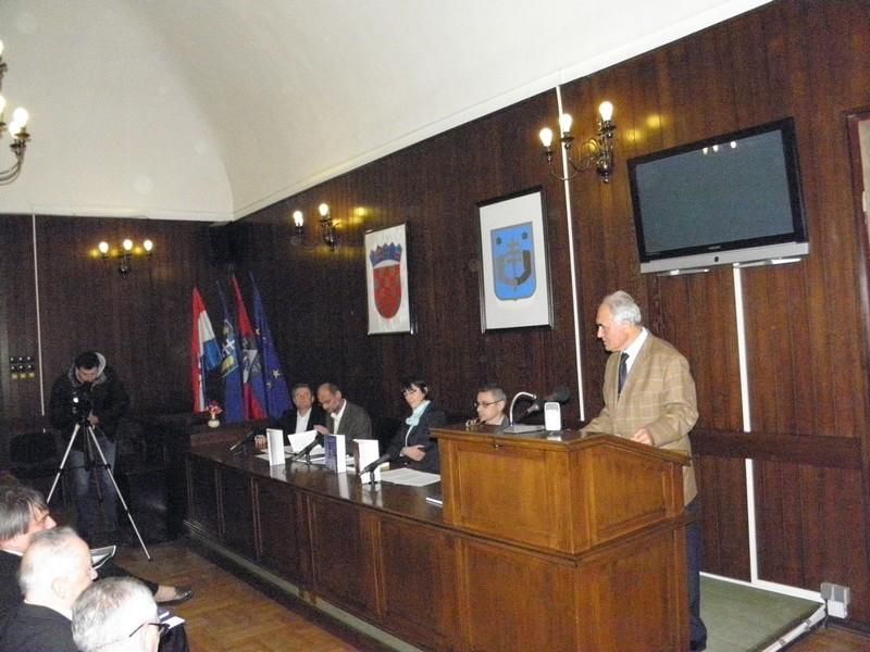 Predstavljanje edicija Zavoda HAZU u Križevcima 26. studenoga 2014. (foto: R.Matić)