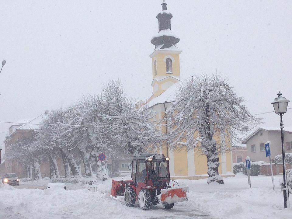 Snijeg_na_dan_predsjednickih_izbora_2014_2
