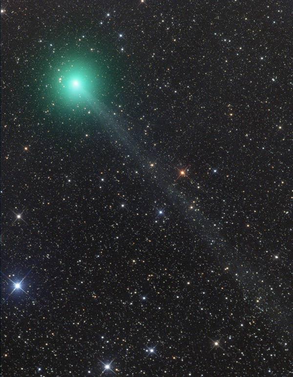 Novi komet, Lovejoy, C/2014 Q2, kroz teleskop snimljen iz Namibije 27. studenoga 2014.  (foto: Gerald Rhemann, preuzeto sa www.skyandtelescope.com)