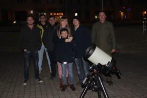 Promatranje konjunkcije Venere i Marsa, te Jupitera i njegovih satelita na Strossmayerovom trgu u Križevcima 19. veljače 2015. (foto: Perzeidi)