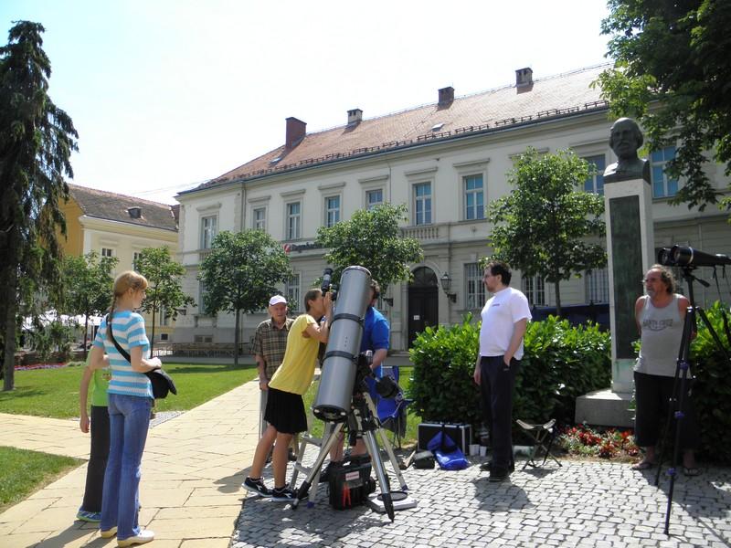Posljednjih godina Perzeidi priređuju građanima promatranje Sunca i njegovih pjega za vrijeme Križevačkog velikog spravišča. Ovako je bilo 14. lipnja prošle godine