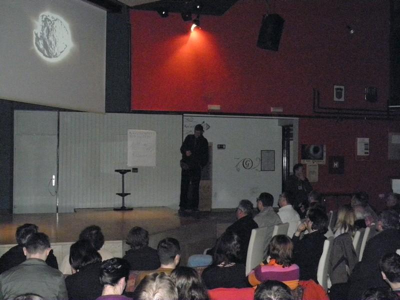 Ante Radonić o istraživanju kometa u Daruvaru (foto: R.Matić)