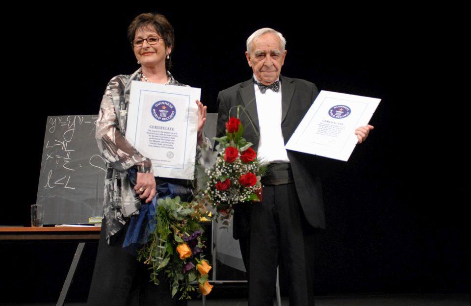 Guinnessova knjiga rekorda_stilske_vjezbe_predstava_nela_margetic_pero_kvrgic