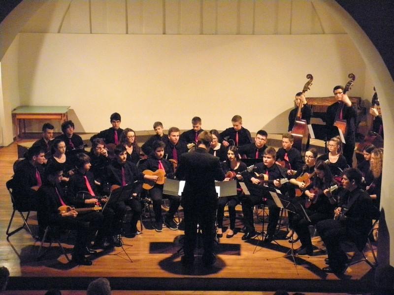 Tamburaški orkestar Glazbene škole Alberta Štrige na koncertu 18. travnja