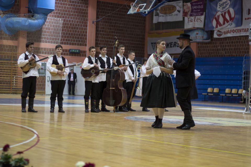 folklor_11_festival_koreografije_krizevci_2015_