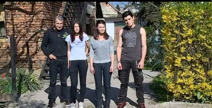 obitelj_kogl_marko_drazen_blazenka_mihaela_obaranje_ruku