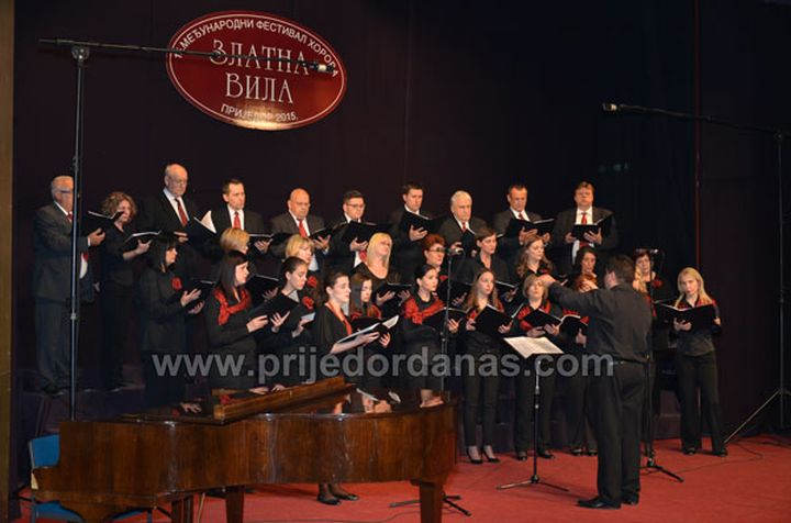 zlatna-vila-2015-prvo-vece-7_HPD_Kalnik_pjevacki_zbor_Prijedor_natjecanje
