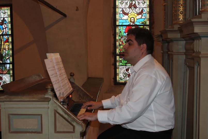 Ozren Bogdanović nastupa na orguljaškom koncertu u crkvi Svetoga Križa u Križevcima 28. lipnja 2015. U emisiji slušamo jednu skladbu s koncerta (foto: Dejan Pernjak)
