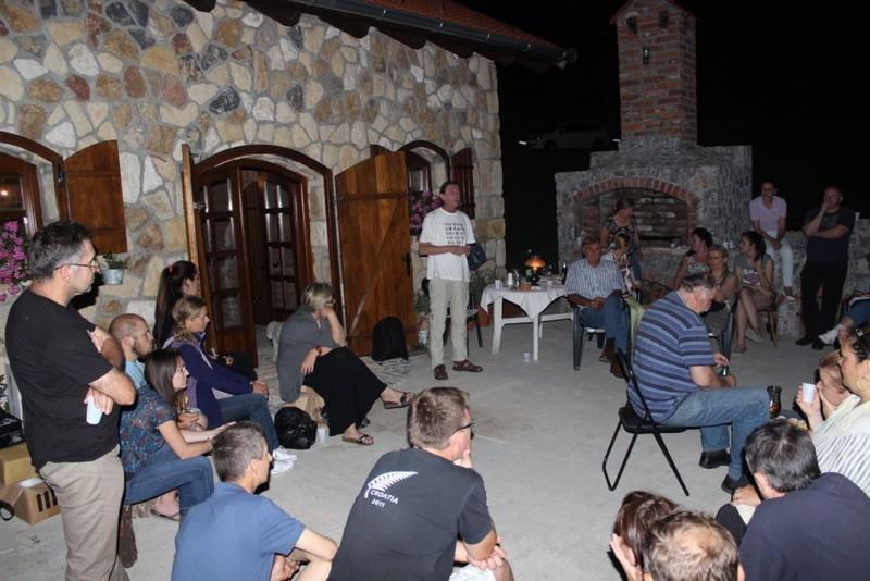 Perzeidi su okupljenim gostima predstavili meteorit Križevci (foto: Martin Vujić)