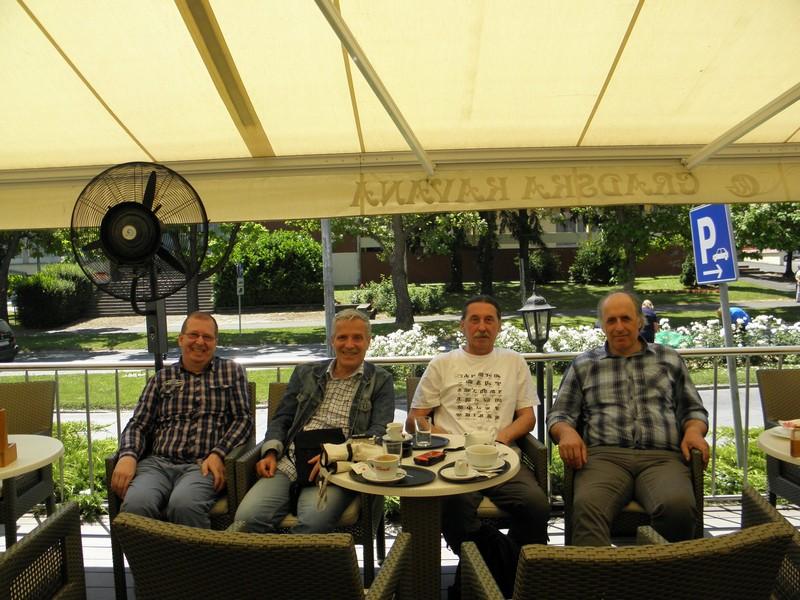 Perzeidi ugošćuju voditelje Hrvatske meteorske mreže 18. lipnja 2015. S lijeva: Željko Andreić i Damir Šegon, desno Korado Korlević (foto: Perzeidi)