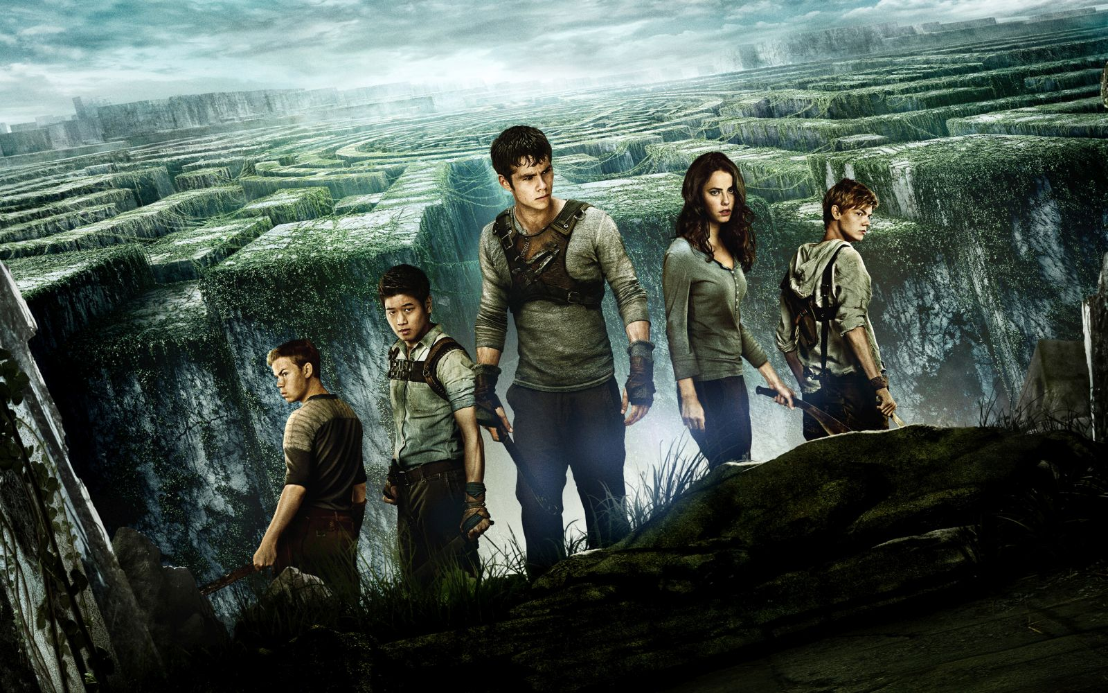 2014_the_maze_runner-wide_projekcija_film_MKC