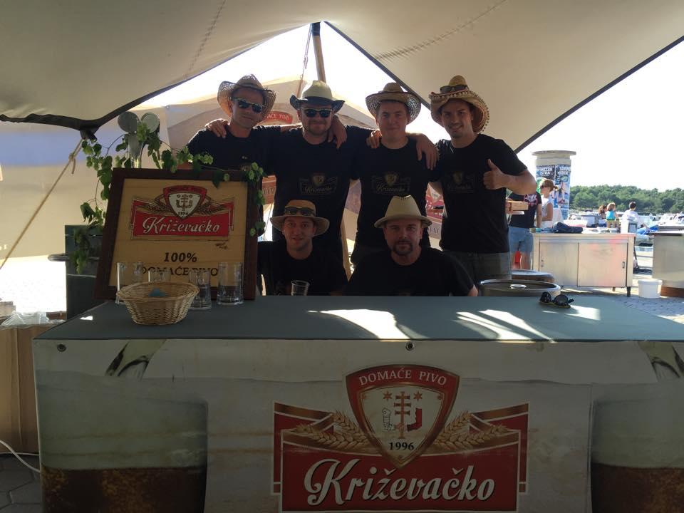 12000142_1043639162323339_329477684_n_medulin_craft_beer_festival_krizevacko_pivo_glas_istre