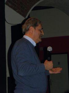 Damir Matković na tribini u Klubu kulture 28. ožujka 2013. (foto: R.Matić)