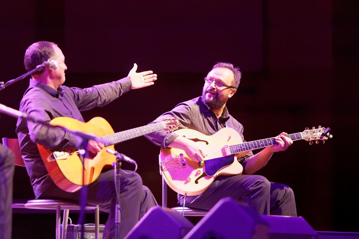 All_Stars_Gypsy_Band_present_Django_Reinhardt_Legacy_Project-Rosenberg Trio ZG 017-2
