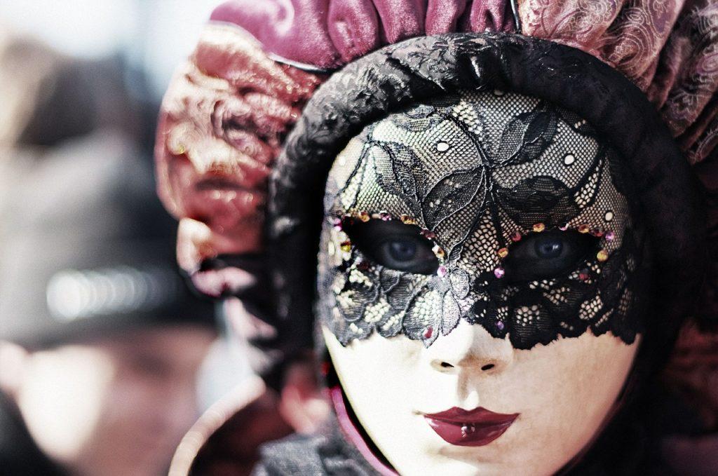 carnival-411494_1280