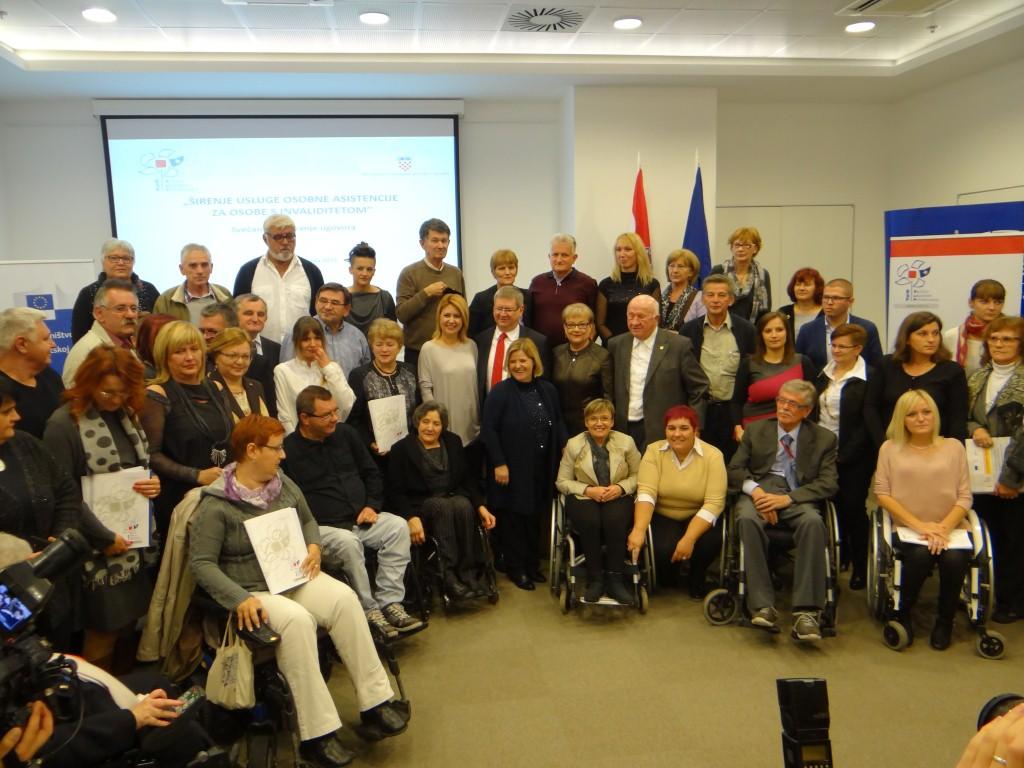 """Udruga osoba s invaliditetom Križevci s projektom """"Usluge osobne asistencije""""."""