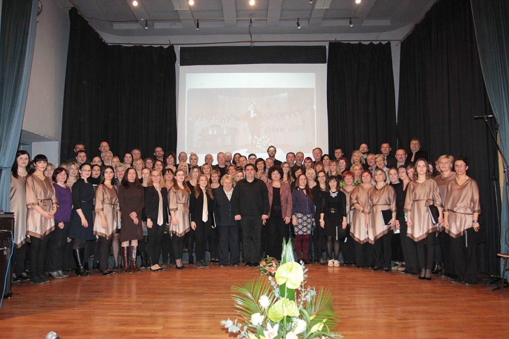 Bivši i sadašnji HPD-ovci na proslavi 115. obljetnice zbora