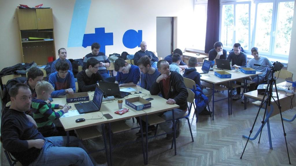 IMG_6437_Croduino_radionica_Culture_Shock_Croatian_Makers_gimnazija_Arduino