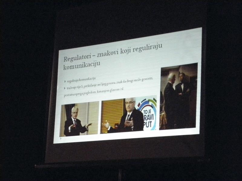Iz prezentacije o neverbalnoj komunikaciji na Maloj radionici govorništva 19. ožujka 2016. (foto: R.Matić)