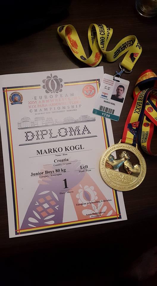 13240673_1220961511250306_8260559588734939514_n_Marko_Kogl_obaranje_ruku_europsko_prvenstvo_2016_prvak