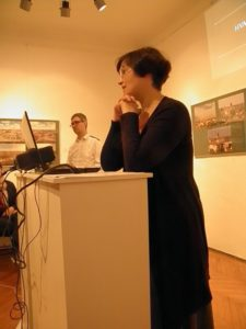 Predavači o kalničkim utvrdama u Likovnoj galeriji povodom Dana muzeja 18. svibnja 2016. čija predavanja najavljujemo u budućim Krugovima (foto R.Matić)