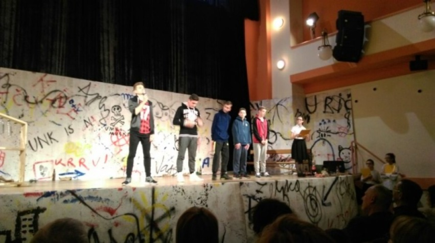 2imag0650_zeljka_Sunjic_predstava_skola_bjelovar