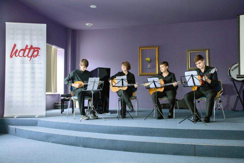 ExitusPro-0082 Notna zbirka klasičnih skladbi za tamburaški kvartet Goran Hlebec tambura