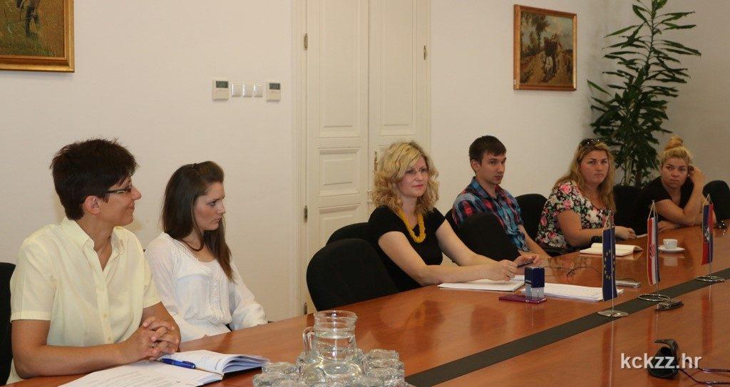 IMG_8598m Infodesk informativni centar za mlade Udruga Glas mladih Zupanijski savjet mladih