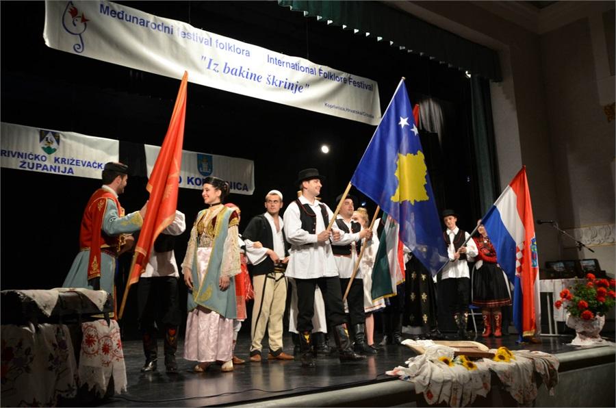 medjunarodni_festival_folklora_iz_bakine_skrinje_2