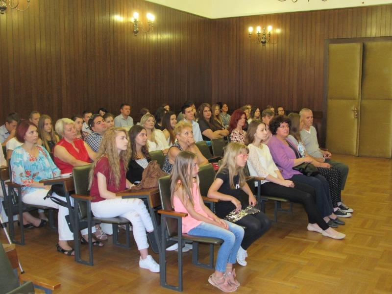 učenici_prijem_odlikasi_gradska_uprava_najbolji_drzavna_natjecanja