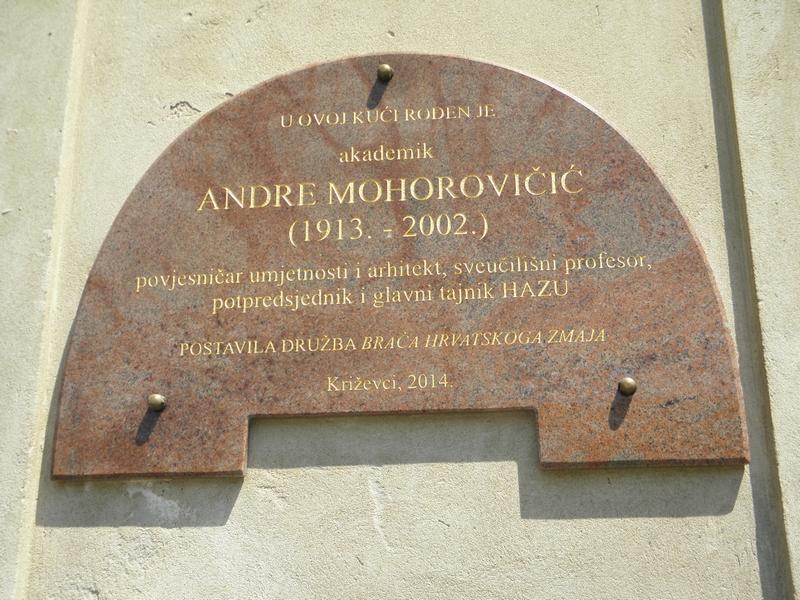 Spomen ploča na rodnoj kući Andre Mohorovičića u Križevcima (foto-R.Matić)