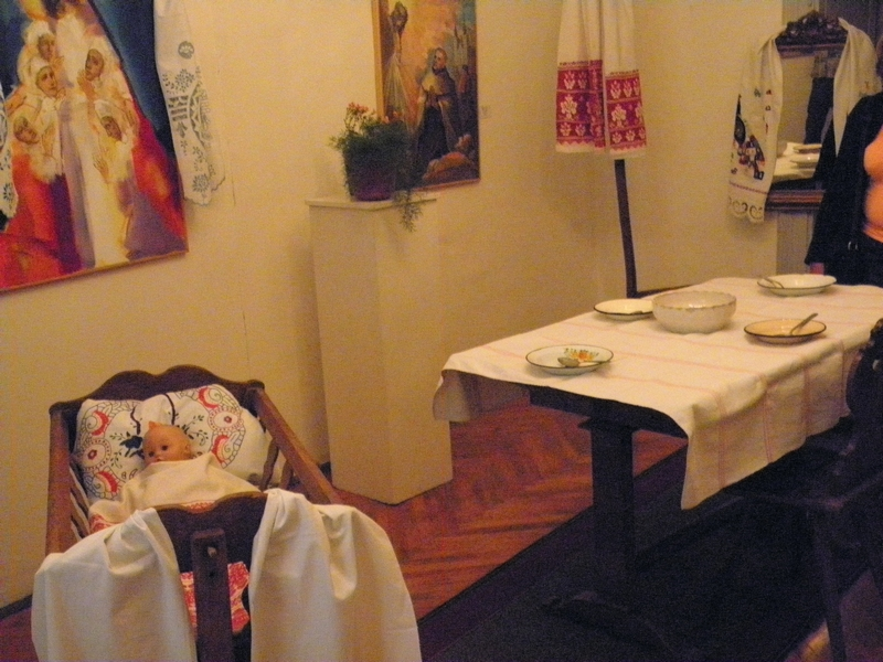 Dio prigodne izložbe u Likovnoj galeriji koja je postavljena uz predavanje