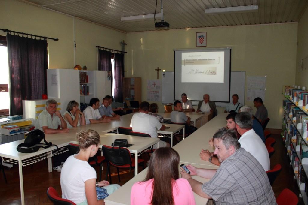 Na predavanju o Vladimiru Srećku Vrkljanu u osnovnoj školi u Sv. Petru Orehovcu 30. lipnja 2016. (foto: Martin Vujić)