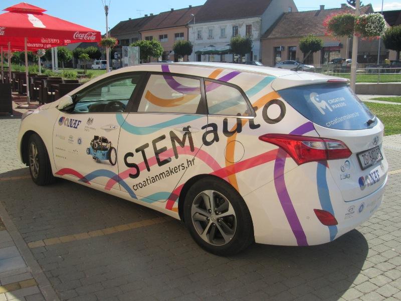 robotika4_Croatian_Makers_robotika_STEM_auto_Krizevci_by_krizevci_hr