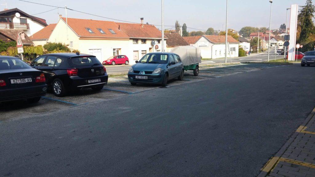 14689315_10209713300416628_2022343074_o_krivo_parkiranje_petra_zrinskog_vidljive_rege