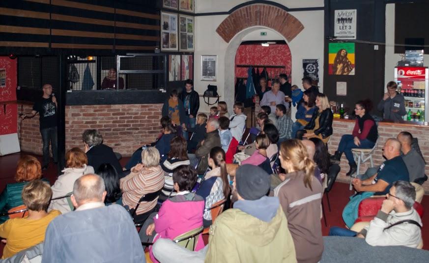 Atmosfera na predavanju Mateja Perkova na Pinklec festu 9. listopada 2015. (iz arhive Pinklec festa)