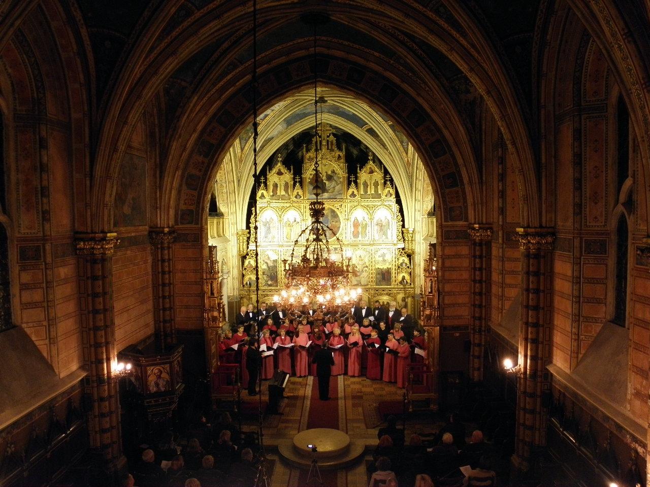 Pjevački zbor Emil Cossetto u nedjelju, 23. listopada 2016. u križevačkoj katedrali (foto R.Matić)